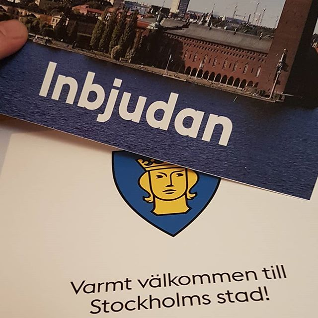 got my invite to celebrate all the new Swedes in sthlm this year :) 🇸🇪