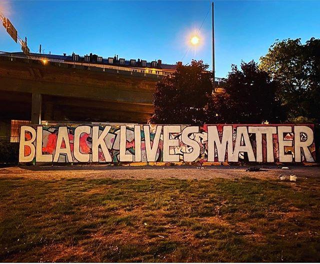 🖤 BLACK LIVES MATTER